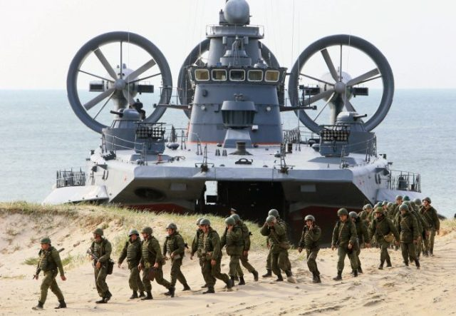 Russia-deploys-advanced-S-400-air-missile-system-to-Crimea-agencies-Alternative-News-696x482